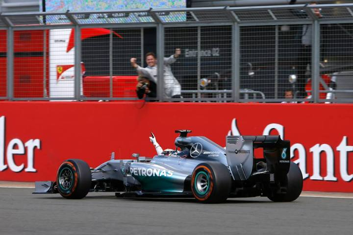 British Grand Prix: Hamilton atHome